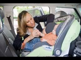 comment attacher siège auto bébé comment installer un siège bébé par terrafemina