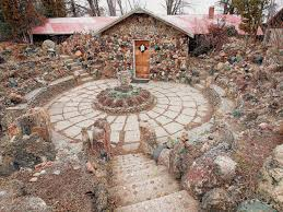 Petersen Rock Garden And Museum Petersen Rock Garden Closes Attraction Near Redmond Cannot Afford