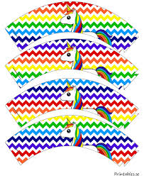 chevron pattern cupcake wrappers in rainbow colors with a unicorn