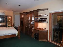 decorating bedroom with dark green carpet carpet vidalondon