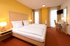 Schlafzimmer Komplett Zu Verschenken In Berlin Die Zimmer Studios Und Apartments Hsh Hotel Apartments Berlin