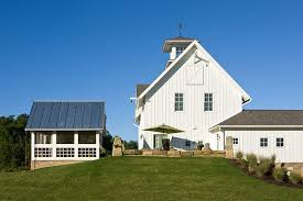 Timber Frame Barn Homes Carriage Style Timber Frame Barn House Traditional Exterior