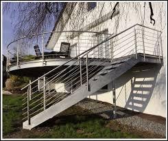 balkon mit treppe balkon mit treppe in den garten balkon house und dekor galerie
