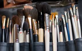 how do i become a makeup artist makeup artist assistants makeup artist essentials