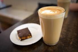 cafe latte caffè latte u2013 wikipedia wolna encyklopedia