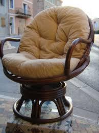 coussin pour fauteuil de bureau fauteuil en rotin pivotant jolis meubles et accessoires