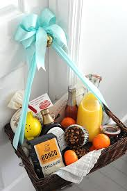 bereavement gift baskets best 25 condolence gift ideas on sympathy baskets