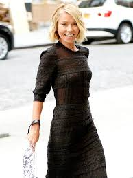 how does kelly ripa style her hair how kelly ripa keeps her family organized the old fashioned way