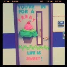 Ideas For Decorating Kindergarten Classroom Best 25 Kindergarten Door Ideas On Pinterest Infant Bulletin