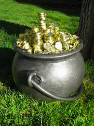 dave lowe design the blog pot of gold prop