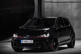black volkswagen gti volkswagen golf gti clubsport s smashes own nurburgring record
