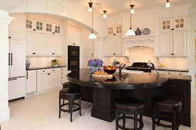 why choosing traditional kitchen designs