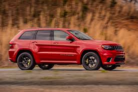 racing jeep grand cherokee the 2018 jeep grand cherokee trackhawk costs almost 90k