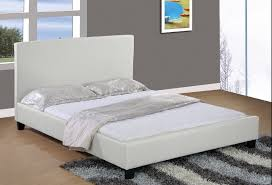 White Bed White Queen Bed Best 25 Queen Beds Ideas On Pinterest Queen