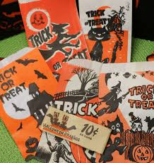 5 vintage halloween paper treat bags from caityashbadashery on