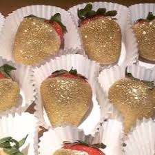 White Chocolate Covered Strawberries By Golf Glitter Chocolate Covered Strawberries With Bows Mardi Grad