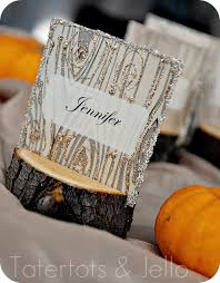 diy rustic branch holiday place cards and faux wood printable