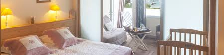 hotel chambres familiales hôtel familial avec piscine chauffée au bord de mer hôtel le parc