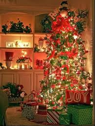 colored christmas tree lights decorating ideas ne wall