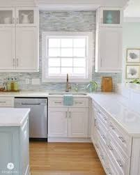 kitchen backsplashes with white cabinets http manufacturedhomerepairtips com easybacksplashideas php