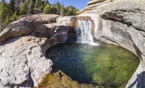 Wyoming waterfalls images Waterfalls hundreds to discover in wyoming jpg