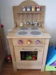 diy cuisine enfant vieille table de nuit recyclée en charmante cuisinière pour enfant