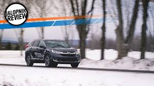 2017 honda cr v here is why everyone is buying these things