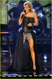 thanksgiving halftime show spend thanksgiving with carrie underwood photo 2423783 carrie