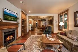 jackson hole vacation rental cabin company ski cabins love ridge penthouse jackson 3 bedroom sleeps 6 jackson 3 bedroom sleeps 6