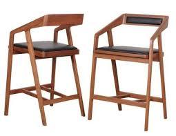 Minimalist Designer Walnut Wood Bar Stool Bar Chair High Chair Armrest Leather Bar