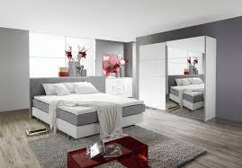 Schlafzimmer Mit Metallbett Komplett Schalfzimmer Boxspringbett Bett Und Schrank Moebel4home
