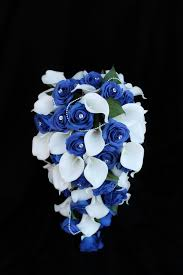 wedding flowers blue and white a cascading calla wedding bouquet collection detail