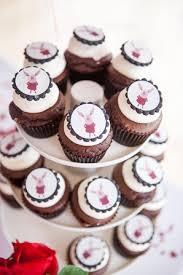 custom cupcakes cupcakes