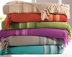 plaid jeté de canapé plaid et jetés és en coton becquet idées pour la maison
