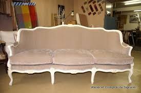tapisser un canapé atelier et comptoir du tapissier fauteuils banc et canapé de