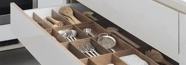 amortisseur tiroir cuisine les placards et tiroirs