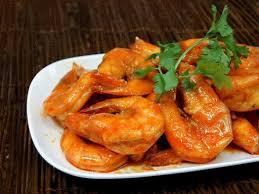 comment cuisiner des crevettes crevettes caramélisées faciles au wok recette le wok recettes
