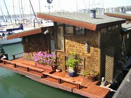 Sleepless In Seattle Houseboat by 114 Best Houseboats Images On Pinterest Houseboats Floating