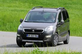 peugeot partner 2015 peugeot partner tepee 1 6 hdi 2015 review auto express