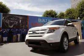 ford explorer ford offers repairs to address explorer exhaust gas concerns