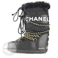 used s ski boots size 9 chanel black quilted apres ski moon boots size 5 7 yoogi s closet