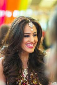 soft curl hairstyle 30 easy hairstyles for your mehndi ceremony bling sparkle
