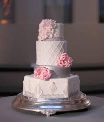 quatrefoil u0026 art deco wedding cake the couture cakery