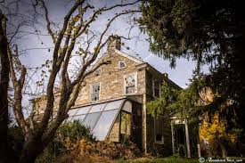 American Colonial Houses Urban Exploration Abandoned Colonial House Youtube