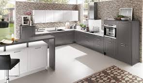 landhausküche grau küche in grau trendig einfach geplant mit küchen quelle