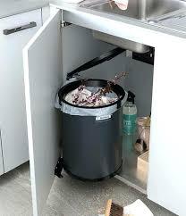 poubelle placard cuisine poubelle cuisine encastrable coulissante poubelle de placard cuisine