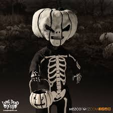 check out the living dead dolls halloween 2016 exclusive dread