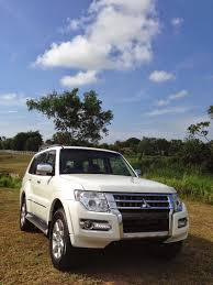mitsubishi pajero dakar tigerlim com the new 2015 mitsubishi pajero touch down