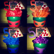 Homemade Table Centerpieces For Parties by Best 25 Ninja Turtle Centerpieces Ideas On Pinterest Ninja