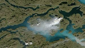 Wildfire From Space by Photos A U0027massive U0027 Wildfire Is Now Blazing In Greenland The Two